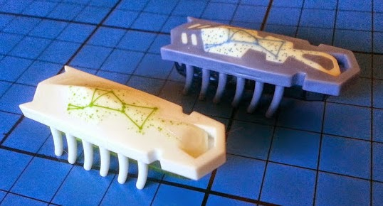 Glow in the dark Hexbugs white and blue