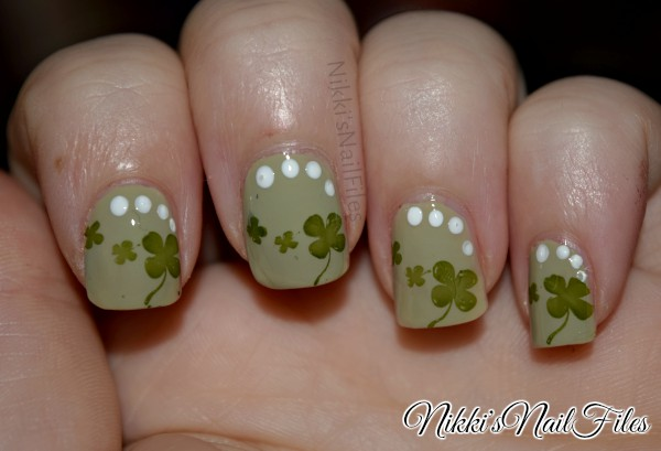 St. Patrick's Day Nails; shamrock nails; green st. patty's day nails