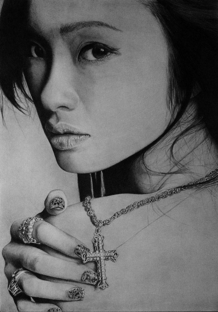 Retrato a lápiz de mujeres asiáticas.