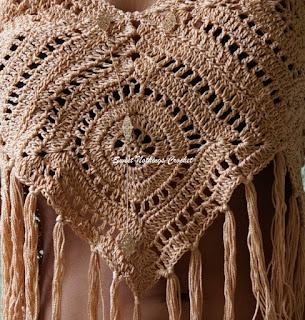 free crochet boho top pattern, free crochet granny square boho top pattern, free crochet beach top pattern, free crochet strappy top pattern, free crochet granny square pattern, free crochet granny square motif pattern,