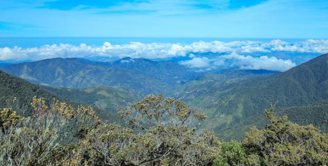 Pemandangan Menakjubkan Sekitar Gunung Latimojong