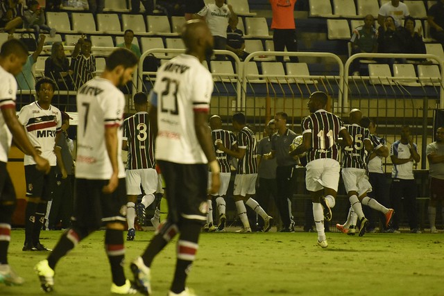 Resultado de imagem para Fluminense vence Santa Cruz