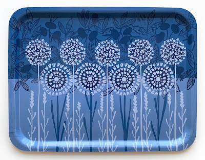 rectangular tray with flowers, in various shades of blue