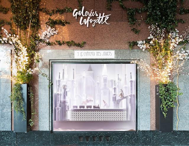 Green Pear Diaries, retail, visual merchandising, Galerías Lafayette, Noël Extra Polaire, Navidad 2016
