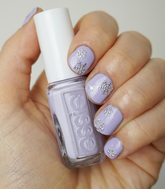 Essie - Virgin Snow (Winter Collection 2015)