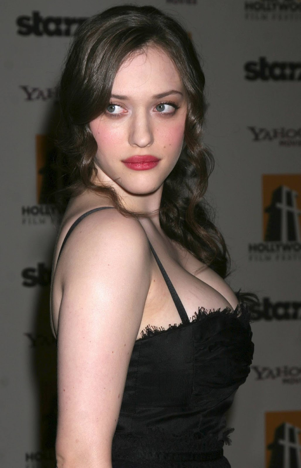 Crush Of The Day..!: Big boobs and cleavage of KAT DENNINGS