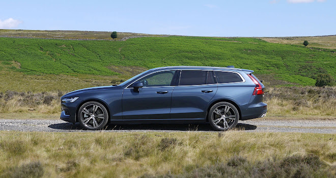 Volvo V60 side view