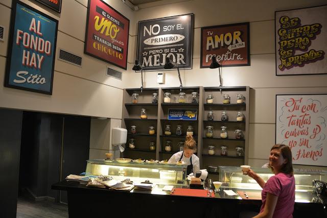 Ceviche 103 Barcelona bar