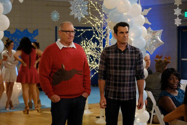 Modern Family - Episode 8.09 - Snow Ball - Promotional Photos & Press Release
