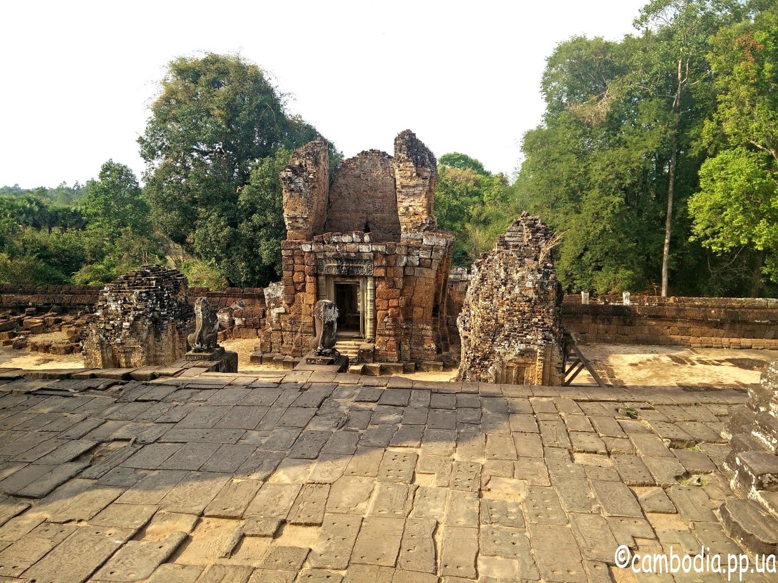 Мебон храм