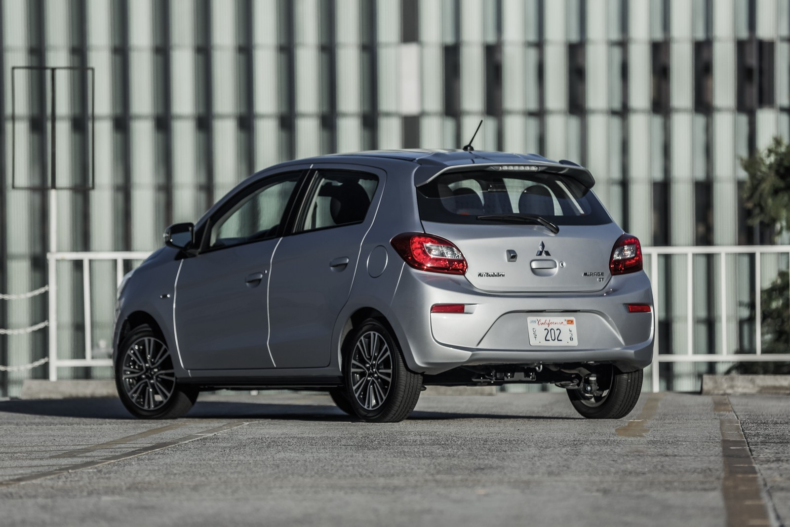 2018 Mitsubishi Mirage And Mirage G4 Gain A 7-Inch ...
