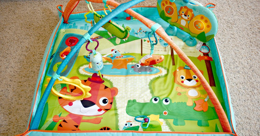 Tiny Love Gymini Kick & Play City Safari Baby Mat + GIVEAWAY & 20% All Tiny Love Products | Two of a kind, working on a full house