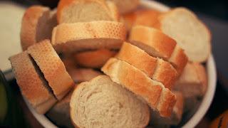 Roti gandum - Makanan Pendongkrak Kesuburan Agar Cepat Hamil