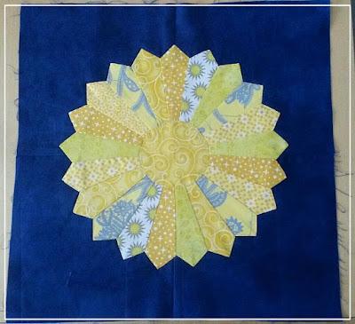 Round Robin, Starter Block, Dresden Plate Block, Puppilalla, Patchwork, Quilting, The Rakish Needle