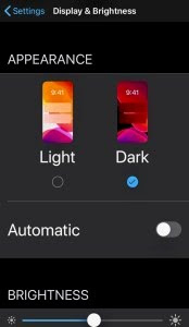 Cara Facebook Dark Mode di iOS