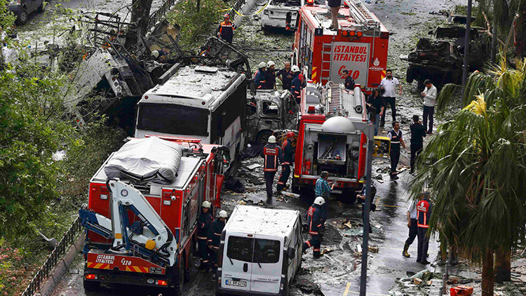 Turquía: Una explosión deja al menos 11 muertos y decenas de heridos en el centro de Estambul