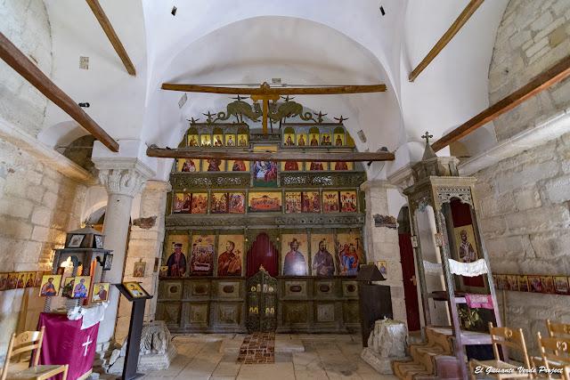 Iglesia del Monasterio de Santa Maria (interior) - Apolonia, Albania por El Guisante Verde Project