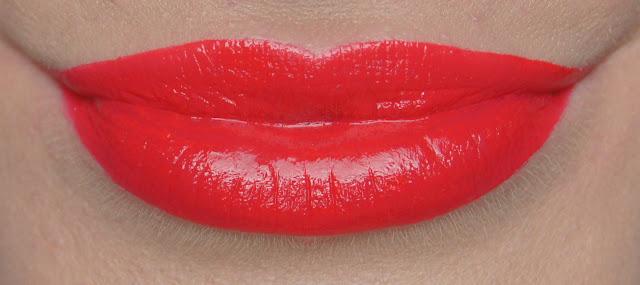 rimmel apocalips lip lacquer 501 stellar swatch