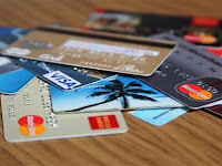 Sebelum Melakukan Penarikan Tunai Kartu Kredit, Pertimbangkan Hal Berikut Lebih Dulu