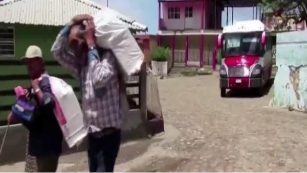 Pobladores de Sinaloa huyen de sus hogares, el narco los amenazó, Peña Nieto dice que vivimos mejor