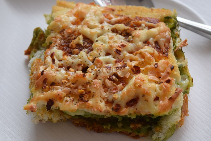 Quick Corn Spinach Bread Lasagna Recipe | Easy Bread Lasagna - Magic of Indian Rasoi - Priya R