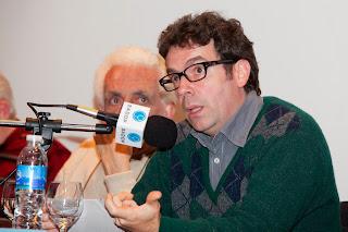 """INVITACIÓN MIÉRCOLES 12 NOVIEMBRE, 19:00 HORAS: """"Democratización de las comunicaciones: nuevos escenarios en América Latina y desafíos para Chile"""", con investigador Martín Becerra"""