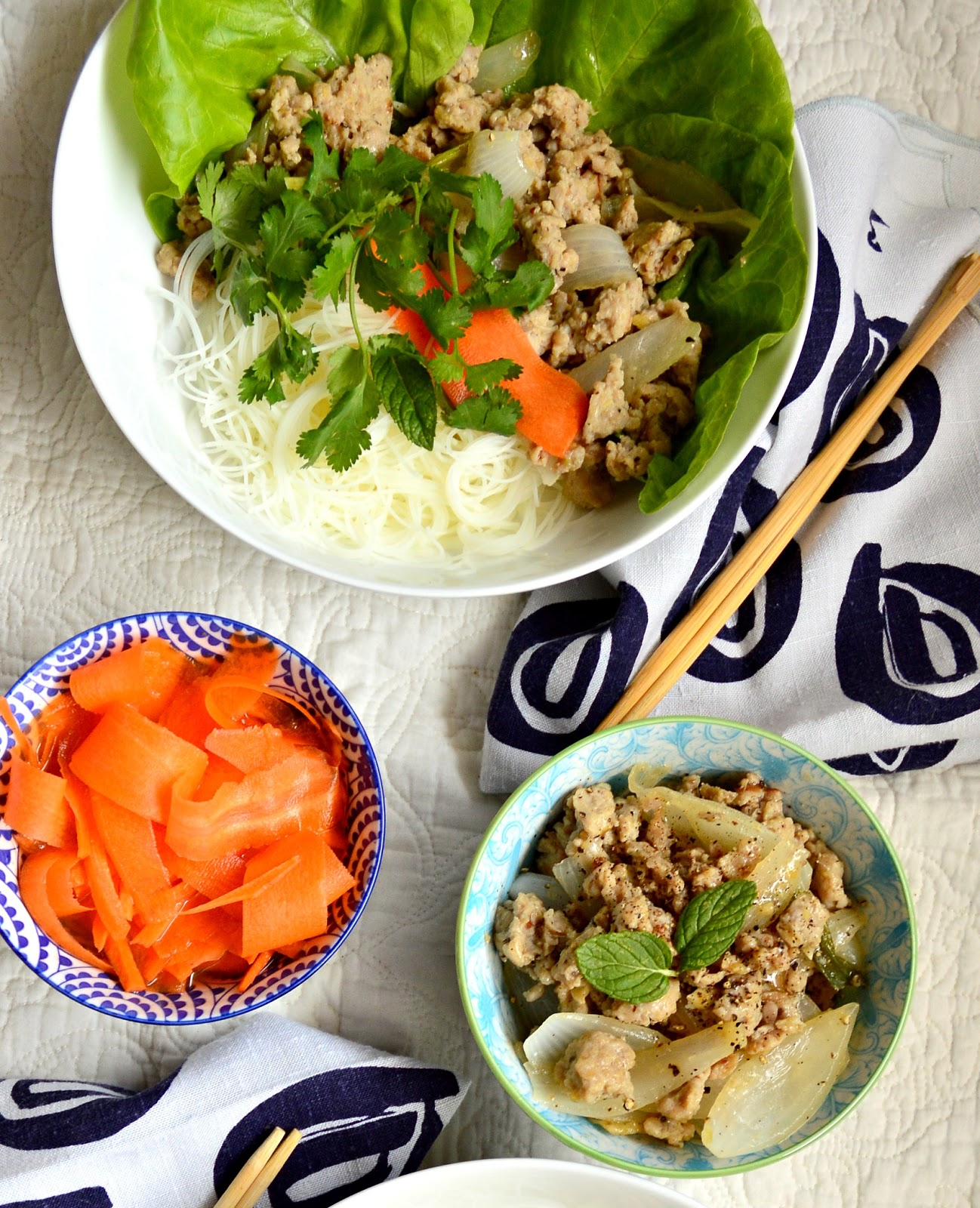 Vietnamese Chicken with Vinegar and Lemongrass is quickly stir fried and can be served over rice, in a bowl or with lettuce. This peppery, tangy garlic chicken is so good! #vietnamesefood #vietnameserecipes #vietnamesechicken #chicken www.thisishowicook.com
