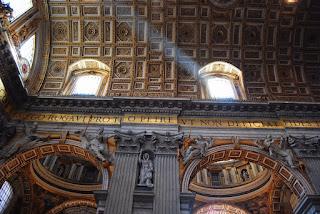 détail du haut de la nef Saint-Pierre