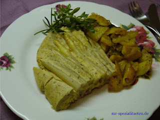 Spargelomelette mit Rosen Balsam Essig Rosen Delikat Essen