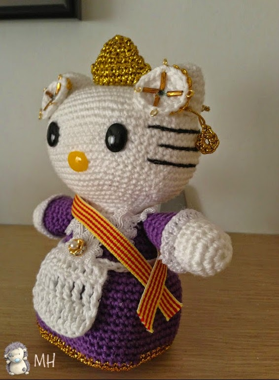 Kitty fallera amigurumi