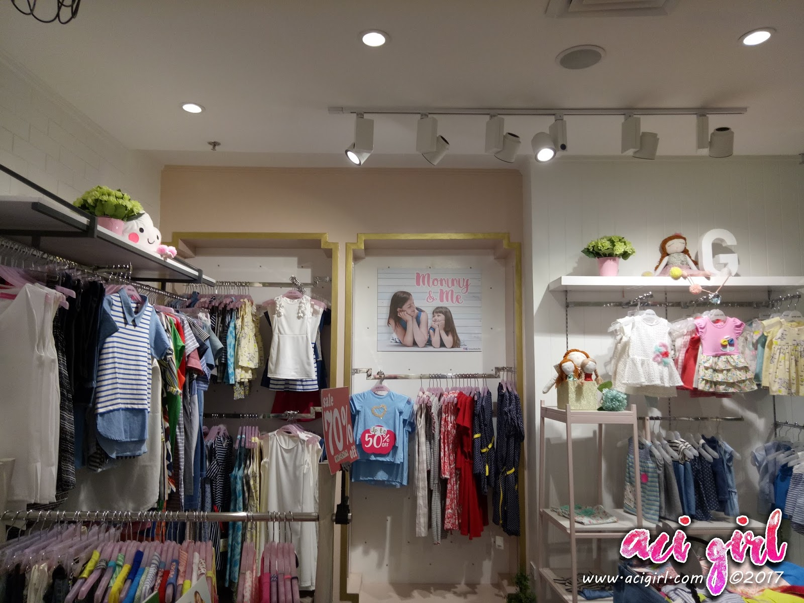 373a35d4bf Where to Shop For Fashionable Outfits for Expectant Moms