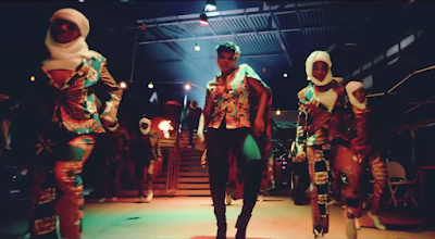 Video Yemi Alade - Heart Robber