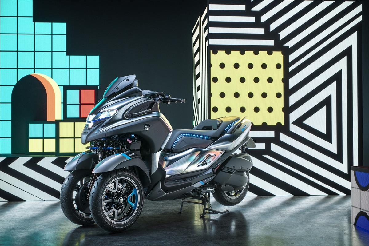 scooter club bonn 1997 yamaha setzt aufs dreirad neuer. Black Bedroom Furniture Sets. Home Design Ideas