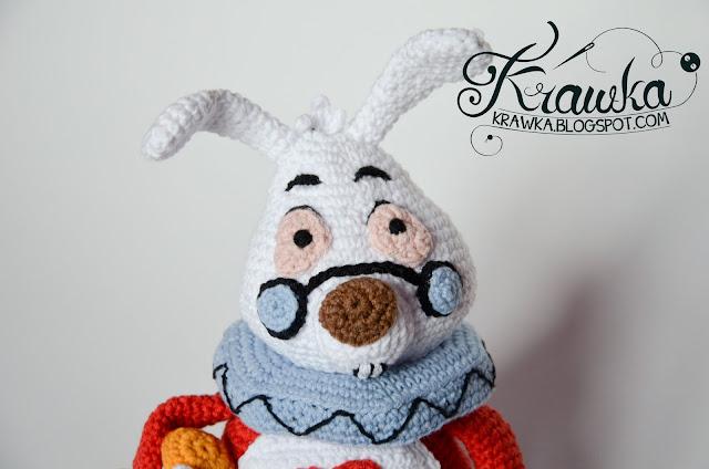 Krawka: White Rabbit based on Alice in Wonderland crochet pattern