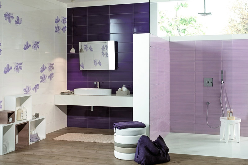 Ultra Violet in bagno