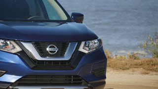 Browse our Nissan Rogue Hybrid SV 2017 photo gallery. View number of high quality new Nissan Rogue Hybrid SV 2017 pictures. Photos of the exterior and interior of the Nissan Rogue Hybrid SV 2017. View exterior Nissan Rogue Hybrid SV 2017 photos and pictures to see the car from all angles. Take your time to review every element of the Nissan Rogue Hybrid SV 2017 including the headlights, side view curb side appeal,wheels,
