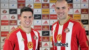 Darron Gibson & Bryan Oviedo: Sunderland sign Everton pair