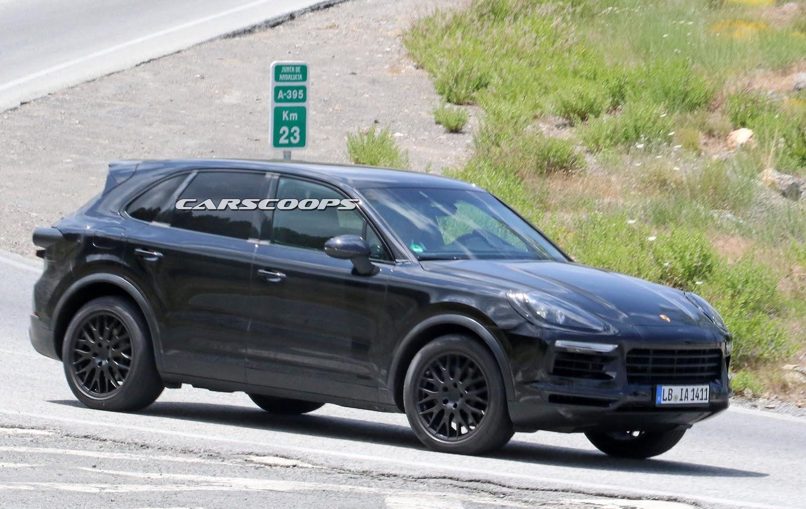 2018-Porsche-Cayenne-SUVs5