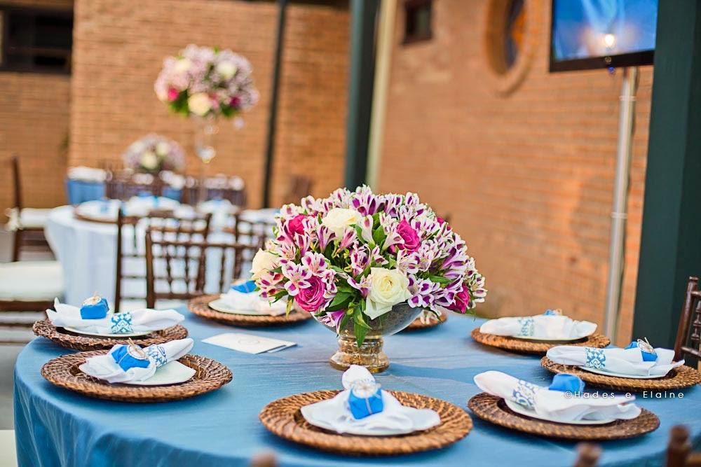 decoração - detalhes - mesa dos convidados - sousplat - porta guardanapo
