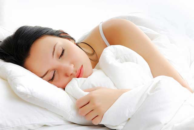 Setiap orang niscaya pernah mengalami duduk kasus susah tidur pada malam hari Pola Tidur Yang Baik dan Sehat