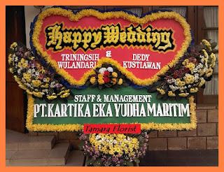 karangan bunga happy wedding jakarta timur