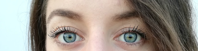 eyes, blue eyes, brunette, brineta