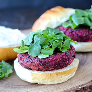 Smoky Black Bean Beat Burger