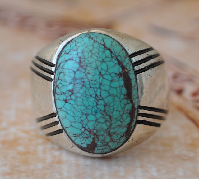 Yuk Pilih Perhiasanmu Menurut Bulan Lahir!