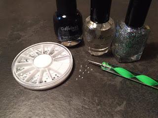 Tutorial unghie con strass e glitter