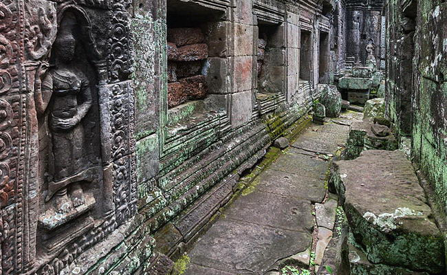 www.xvlor.com Banteay Kdei is Buddhist temple ruins built by King Jayavarman VII