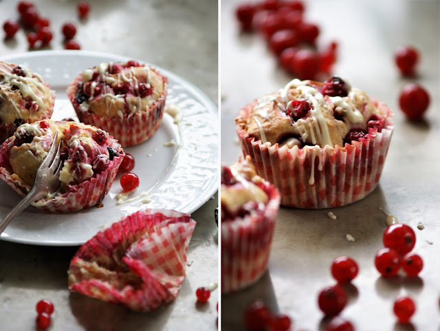 Cream Cheese Muffins mit Johannisbeeren