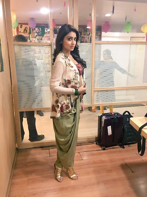 Shriya Saran Stunning in Dhoti Pants