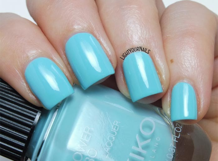 Smalto azzurro Kiko Power Pro 113 Touch The Sky baby blue creme nail polish #kikonails #kikocosmetics #kikotrendsetter #lightyournails