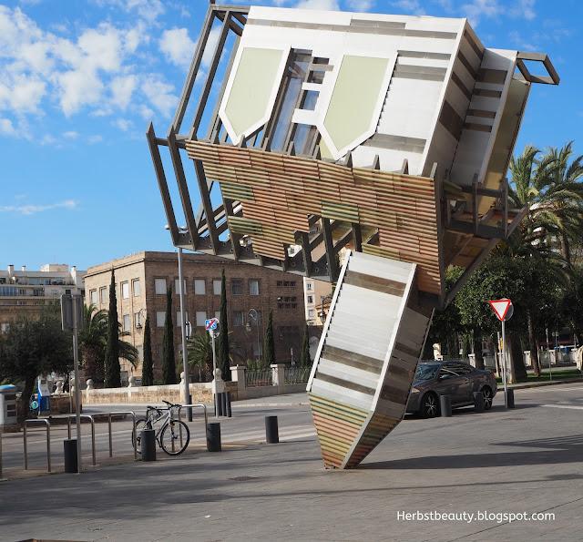 Palma de Mallorca Kirche steht Kopf